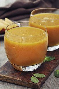 smoothie with pumpkin puree, almond milk, lavender or crushed graham cracker.