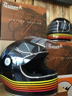Helmets vintage shoei