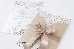 Organosi By Vivian Προσκλητήρια www. Event Planning, Place Cards, Wedding Invitations, Gift Wrapping, Place Card Holders, How To Plan, Tableware, Gifts, Queens