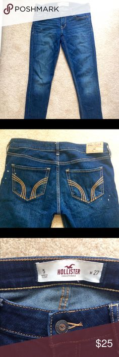 Hollister Jean/jeggings These jeans feel like you're wearing leggings they're so comfortable. Light paint splatter to give them a distressed look! Great condition! Hollister Jeans Skinny