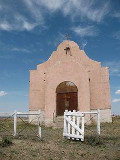 Old Pink Church, Montana