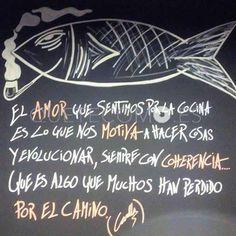 Frase grabada en la pared del baño de los clientes   Restaurante Canalla Stnd. en A Coruña