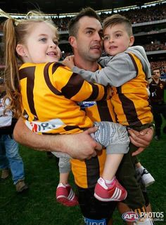 ♥Brian Lake ( and his children) after winning the 2013 Grand Final and the Norm Smith medal.
