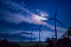 KAGAYA @KAGAYA_11949  9月16日 月光夜風。 (今朝未明、下北半島にて撮影) 今週もお疲れさまでした。素敵な週末になりますように。