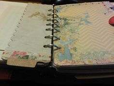 I obsess about rounding the corners of my planner pages...  #filofax