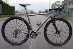 "Bike Showcase — Legend ""Il Re"" Titanium Road Bike"