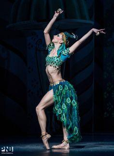 balletwarrior: Elle Macy as Coffee in Balanchine's Nutcracker Photo by Elise Bakketun for PNB