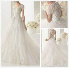 Exclusive Princess Trailing Wedding Dress