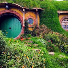 """#hobbiton#shire#nz#matamata#green#middleearth#scenary#lordoftheribgs#peace#relax#drink#melbourne#auckland#hk#travel#hobbits#bilbo#beer#greendragon"""