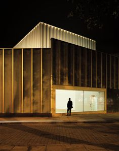 Facade at night Nottingham Contemporary by Caruso St John Architects - Dezeen Residential Architecture, Contemporary Architecture, Interior Architecture, Interior And Exterior, Contemporary Art, Nottingham Contemporary, Science Gallery, Detail Architecture, Nottingham City
