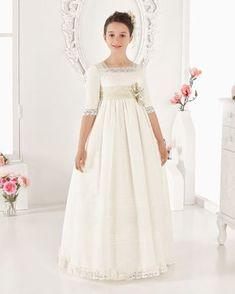 Vestido comunión vintage de plumetti. Disponible en color marfil.