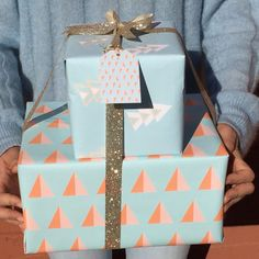 wrapping paper arrows blue beautiful