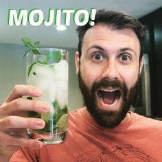 Holisay is here and it's Mojito time! /// Chegou o feriado e é hora de um Mojito! LINK IN BIO! #Instafood #food #recipe #recipeoftheday #recipes #receita #gourmet #diegourmet #channel #youtube #gastronomia #gastronomy #cozinha #kitchen #cooking #cozinhando #cook #chef #drink #drinks #mojito #holiday #rum #mixology #bartender by diegourmettv http://ift.tt/1sddjjc