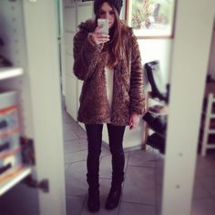 Faux fur My Outfit, Faux Fur, Fur Coat, Sweaters, Jackets, Outfits, Dresses, Fashion, Outfit