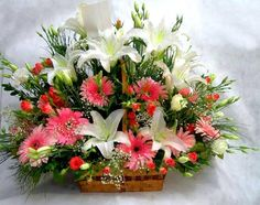 White Lilies and Pink Home Flowers, Church Flowers, All Flowers, Amazing Flowers, Basket Flower Arrangements, Beautiful Flower Arrangements, Floral Arrangements, Flower Baskets, Rose Thorns