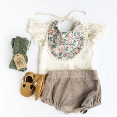 Bib: Billy Bibs Lace shirt & Velvet Bloomers: Goldy Belle T-strap shoes: Mon Petit Shoes Tights: Happy Tights