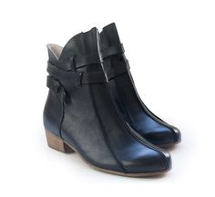 New! Black Brie Booties. Women flat boots. Handmade leather shoes. Free shipping.