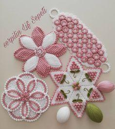 Crochet Square Patterns, Crochet Blanket Patterns, Baby Knitting Patterns, Crochet Tablecloth, Soft Furnishings, Doilies, Crochet Earrings, Stitch, Crafts