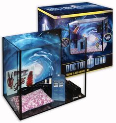Doctor Who fish tank with TARDIS. I'd get a fish just for this....and it would be ginger!