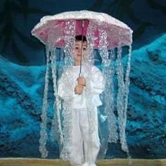 DIY kid costume jelly fish