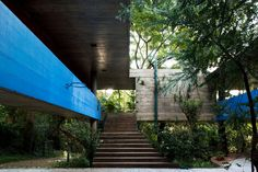 The house sits on eight columns that raise the house above ground level so it is surrounded by the tropical vegetation that grows in the city. Contemporary Architecture, Architecture Design, Residential Architecture, Brazil Houses, Concrete Structure, Concrete Forms, Concrete Houses, Architectural Photographers, James Francis