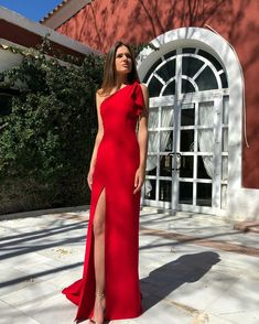 Elegant One SHoulder Side Slit Long Red Dress on Luulla Gala Dresses, Evening Dresses, Formal Dresses, Long Red Dresses, Long Elegant Dresses, Chiffon Dresses, Sexy Dresses, Summer Dresses, Elegant Ball Gowns