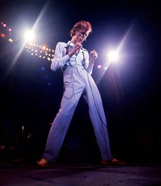 soundsof71:  David Bowie Thin White Diamond Dog September 5 1974 Los Angeles by Terry ONeill  Big Dick Huge Dick Mack Daddy Daddy Mack! The skinny guys always have it. The other ones with muscles work out to compensate. Its my theory and I swear by it.