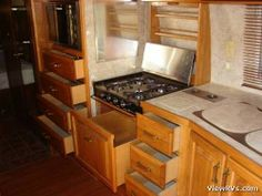 1987 Airstream  Like the drawer under the cooktop