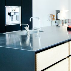 Garde Hvalsø –  Kitchen – kitchentable – surface – interior - design - Desktop – Furniture Linoleum – Forbo
