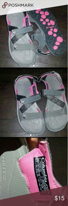 ATHLETIC SANDALS Brand: Columbia Size 6 Columbia Shoes Athletic Shoes