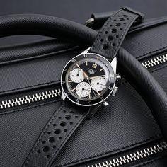 Chubster's choice Men's Watches - Watches for Men ! - Coup de cœur du Chubster Montre pour homme ! Heuer Autavia 2446. http://amzn.to/2rRclxm
