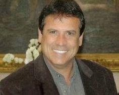 POLÍTICA - MARQUINHO NA TORCIDA JORNAL O RESUMO: Marquinho Mendes vai assumir o cargo em Brasília.