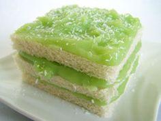 Kanom Pan Sungkayha : Thai Sandwich Cake