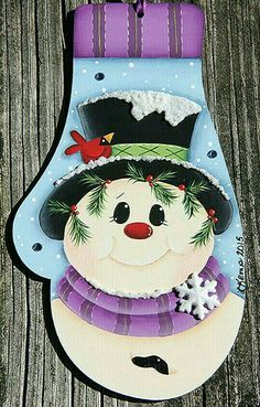Mitten Snowman Ornament Renee Mullins design by on Etsy Christmas Ornament Crafts, Snowman Crafts, Noel Christmas, Wood Ornaments, Snowman Ornaments, Christmas Signs, Christmas Projects, Holiday Crafts, Christmas Stockings