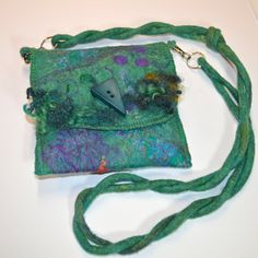 Custom made-Felted Cell Garage Smartphone by JosiesColourfulArt