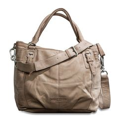 Want a new handbag for summer. Liebeskind Berlin has really nice ones...