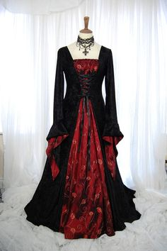 Black and Velvet Red Taffeta Medieval Gothic Wedding Dress - cool. not really as a wedding dress for me though. Pagan Wedding Dresses, Halloween Wedding Dresses, Designer Wedding Dresses, Prom Dresses, Long Dresses, Wiccan Wedding, Dress Prom, Bridesmaid Dresses, Medieval Fashion