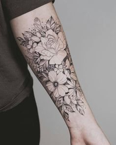 Nice floral arrangement sunflower tattoos, forearm flower tattoo, flower tattoo on forearm, small Tattoo Girls, Mom Tattoos, Trendy Tattoos, Black Tattoos, Body Art Tattoos, Tribal Tattoos, Tattoos For Guys, Tatoos, Floral Tattoos