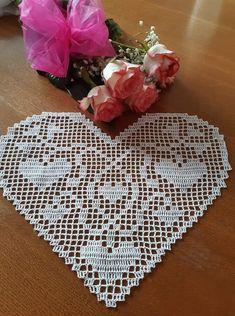 Rugs, Crochet, Home Decor, Crochet Doilies, Tejidos, Farmhouse Rugs, Decoration Home, Room Decor, Ganchillo