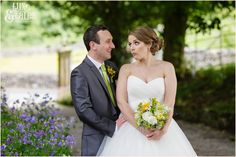 Bride makes silly faces at groom taitlands Wedding photography