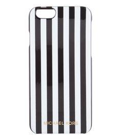 Opvallend en stijlvol, matcht perfect met jouw Michael Kors tas! (€49,95) #iPhone6 #Cover #Preppy #Stripe #Smartphonecovers #MichaelKors