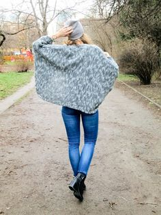 Fashionberries: Grey Knitted Cardigan