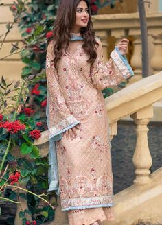 Price Per Piece :- + (GST Minimum Order :- 7 Pcs Full Set Price :- + (GST Top :- Georgette With Heavy Embroidery Bottom :- Santoon Dupatta :- Nazmeen Chiffon With Heavy Embroidery Beautiful Pakistani Dresses, Pakistani Formal Dresses, Pakistani Fashion Casual, Pakistani Wedding Outfits, Pakistani Dress Design, Indian Fashion, Pakistani Clothing, Pakistani Couture, Wedding Hijab