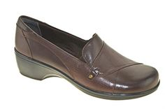 Clarks May Phlox Womens Size 65 Brown Leather Loafers Shoes * You can find out more details at the affiliate link of the image.