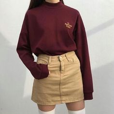 Korean Fashion Trends you can Steal – Designer Fashion Tips Ulzzang Fashion, Asian Fashion, 90s Fashion, Fashion Looks, Fashion Outfits, Fashion Clothes, Fashion Trends, Fashion Tips, Fashion Women