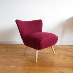 *_Echtes Unikat!!! 50er Jahre Cocktailsessel mit überbreiter Sitzfläche*  Ich habe die Innenpolsterung aufgefrischt und den Sessel mit  Bordeaux...