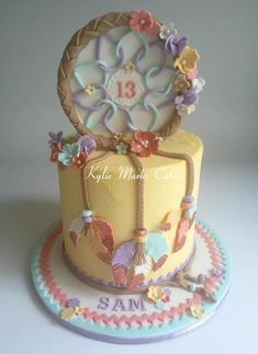 Would be an awesome cake for the shower! Dream catcher cake - Cake by Kylie Marks Pretty Cakes, Cute Cakes, Beautiful Cakes, Amazing Cakes, Fondant Cakes, Cupcake Cakes, Buttercream Cake, Native American Cake, Dream Catcher Cake