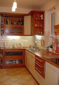 konyhabútor kőrisfából Outdoor Pergola, Kitchen Design, Kitchen Cabinets, Interior Design, Fa, Home Decor, Decoration, Rustic Outdoor Furniture, Houses