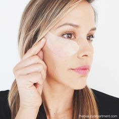 Calling all Puffy Eyes!! We've got three ways to help you prevent them... and two of them are free! Click through to peep the tutorial!