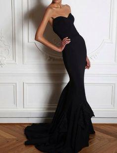 Formfitting, strapless black mermaid gown